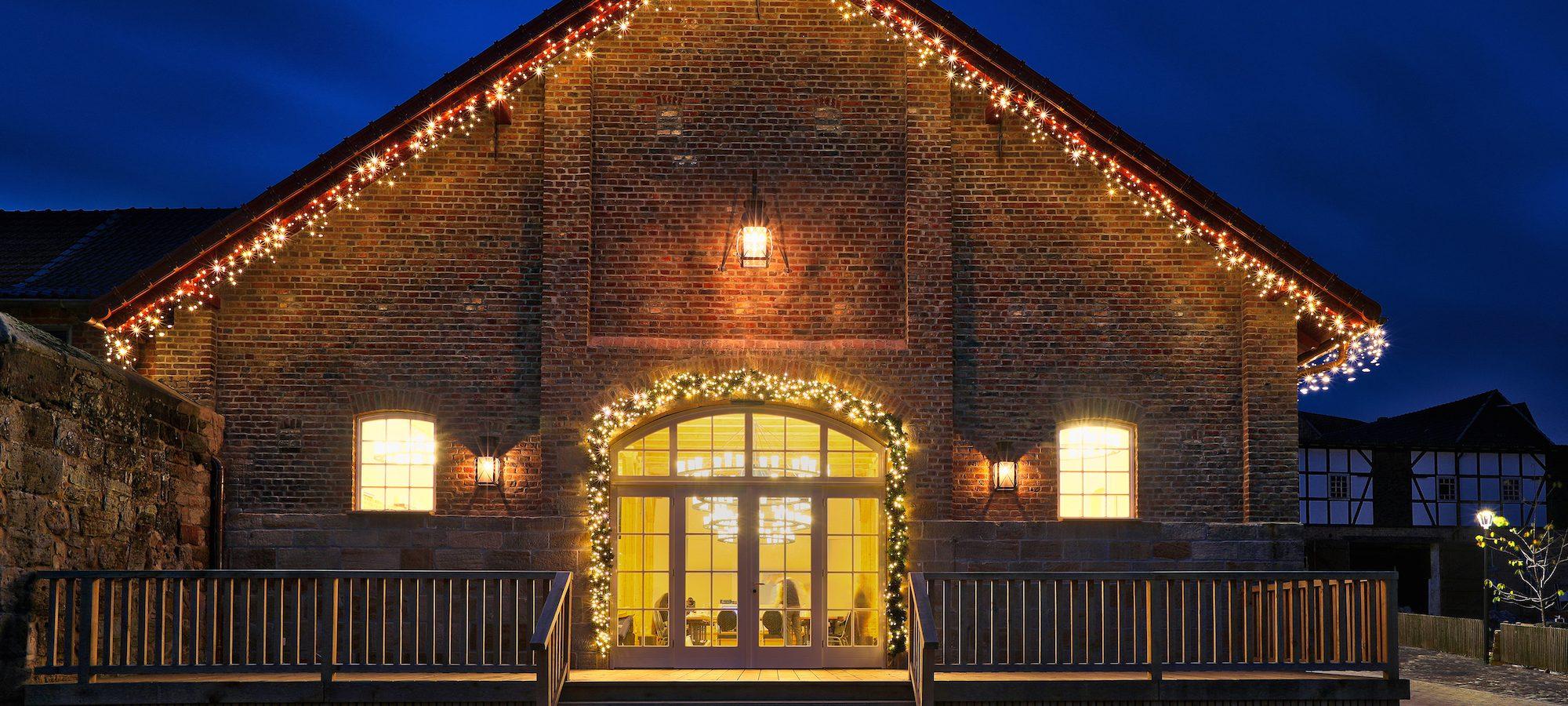 Landau Weihnachtsmarkt.Schloss Landau Landauer Weihnachtszauber